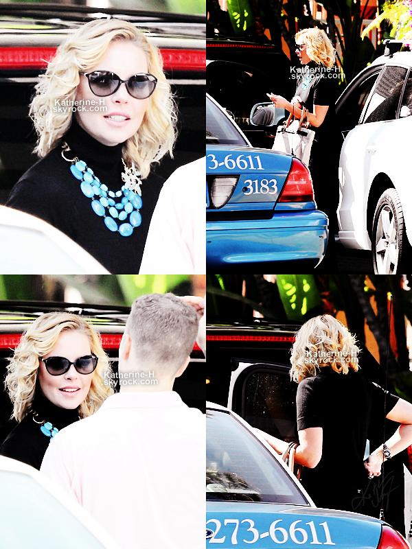7 Octobre - Katherine s'est rendue au Beverly Hills Hotel.