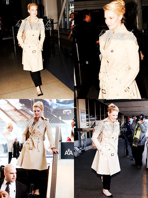 14 Février - Katherine était à LAX, elle revenait de New York.