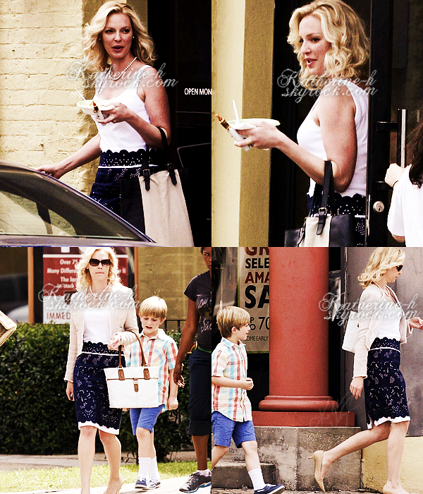 23 Mai - Katherine était sur le tournage de son nouveau film North Of Hell à la Nouvelle Orléans. Elle a profité de sa pause pour manger quelque chose. Katie porte un débardeur blanc, une jupe bleue foncée et une veste beige, c'est joli.