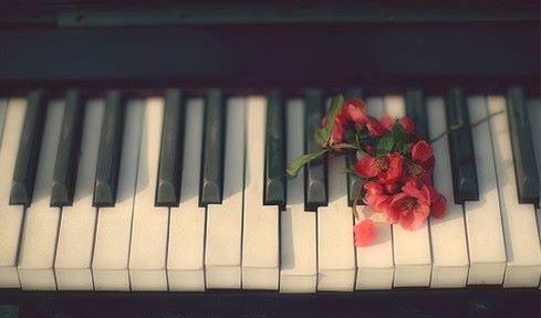 Une musique...