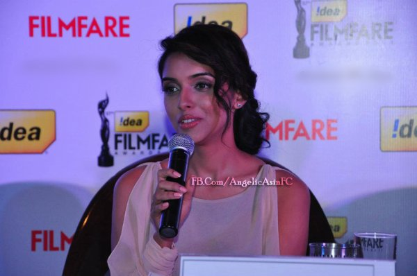 ∬ Asin ∬ @ 57th Filmfare conference PART 2