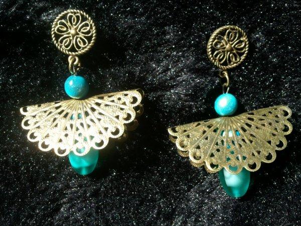 Boucles turquoises et bronze