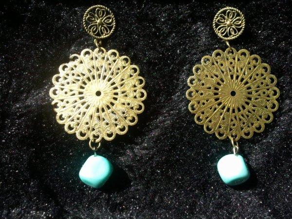 Boucles bronze et turquoise