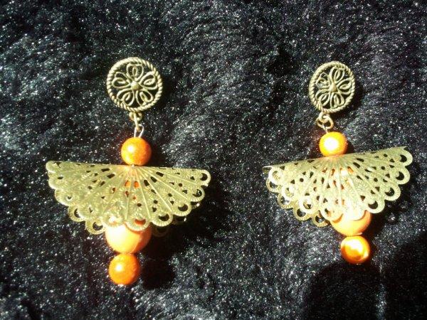 Boucles bronze et mandarine