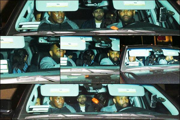 . CANDIDS- Sel arrivait au 1 OAK Nightclub avec The Weeknd à West Hollywood-13 FEV 2017 Selly Gomez et son boyfriend se cachait à tout prix des paparazzis, on ne la voit d'ailleurs pas bien sur les photos, c'est dommage.. .