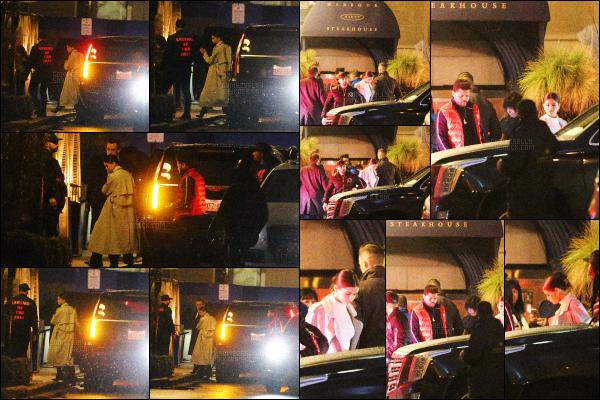 ..  18/03/2017• Selena Gomeza été vue se rendant au restaurant Harbour Sixty avec Abel T. à Toronto. La belle n'est resté qu'un jour à NY et est repartie rejoindre Abel une fois de plus au Canada. On ne l'a voit pas bien sur les photos. .