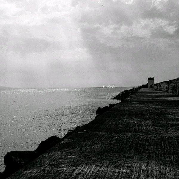 """~ """"C'est pas l'homme qui prend la mer, c'est la mer qui prend l'homme."""""""