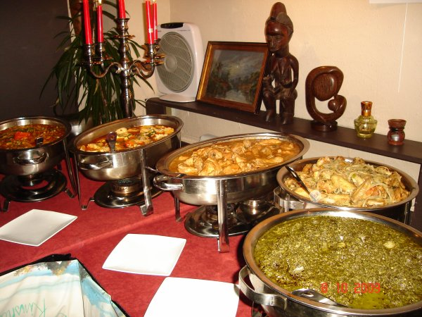 La cuisine congolaise pour accueillir miji merci au for Cuisine pour restaurant