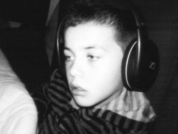 Sander  ~ 9 ans ~ 63