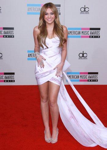 Miley glamour : princesse du tapis rouge