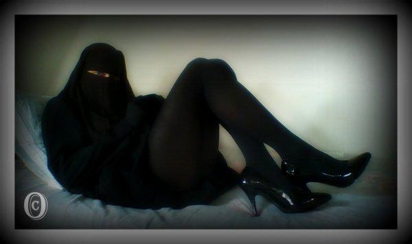 Très sexy en noir, pas vrai !