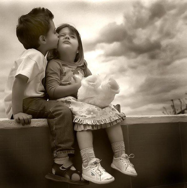 Etre le premier amour de quelqu'un c'est bien.. Etre son dernier amour,c'est encore mieux  !