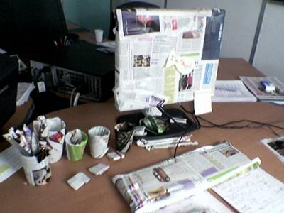 petite blague de bureau monstrueuse mon petit monde mes passions moi. Black Bedroom Furniture Sets. Home Design Ideas