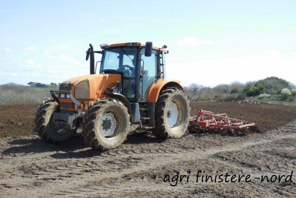 Préparation des terres à mais 2015