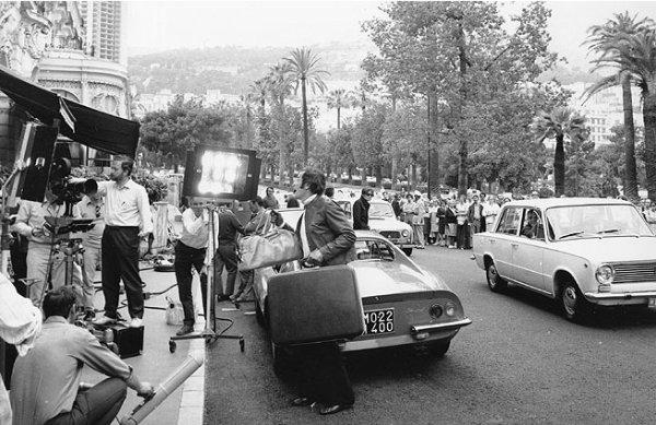 AMICALEMENT VOTRE par Séries TV Vintages © 4