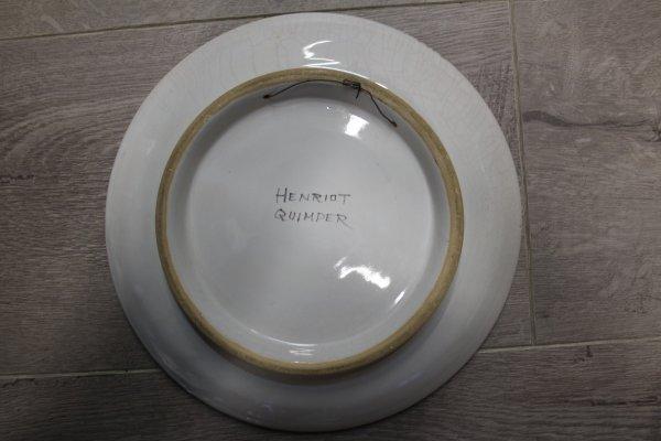 plat piédouche Georges Geo Fourrier Henriot Quimper diamètre 23cm