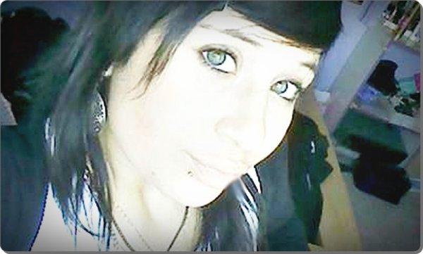 ¤ Dɑns sɑis yeux j`pourɑit m`évɑadéy (8)`  Les yeux niyké ɑ force de trop pleuré  ___________________ՁՁ___ ௮ANDEKxLɑxSOEUR.SKYROHՁF.COM