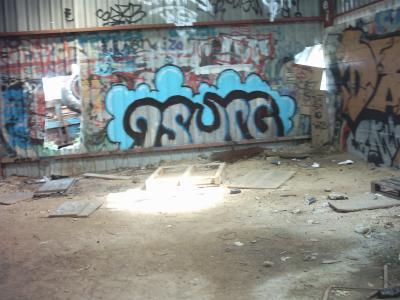 Hangar, demolit