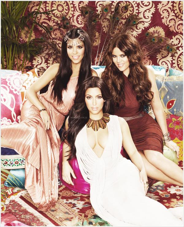 06 MAI 2013 :Les soeurs Kardashian Kourtney, Kim et Khloe répondent à des questions !