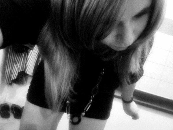 Mαrine ♥  Les vrais j'les portent dans le coeur,Les autres iront voirent ailleurs.