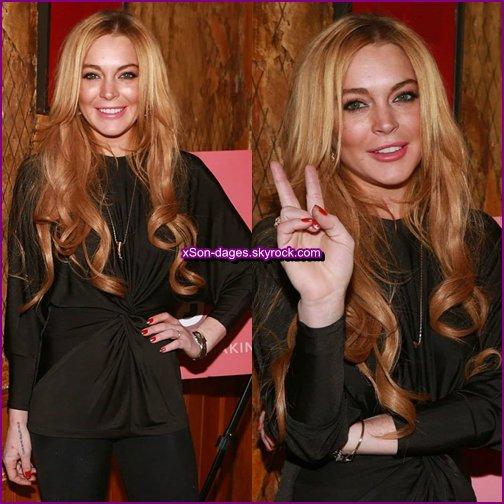 """♥ 16/12/13 : Lindsay à une soirée """"Just Sing It"""" à NYC + Quelques photos personnelles de Lindsay + T-shirt Same Old Chic  ♥"""