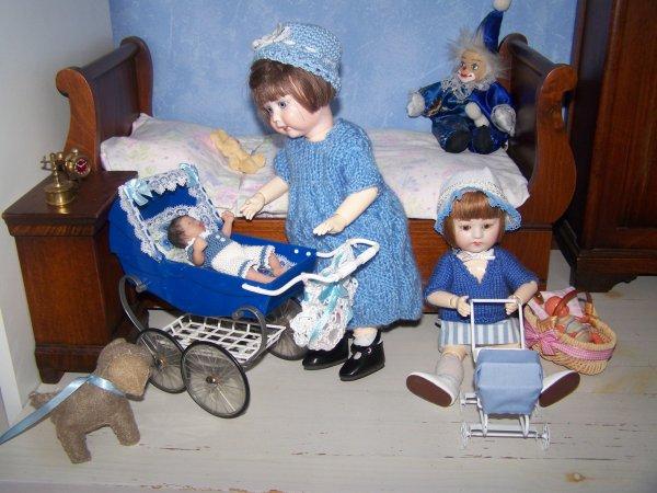 Galatée, Garance, Gabin et Plucky, famille Bleuette en bleue