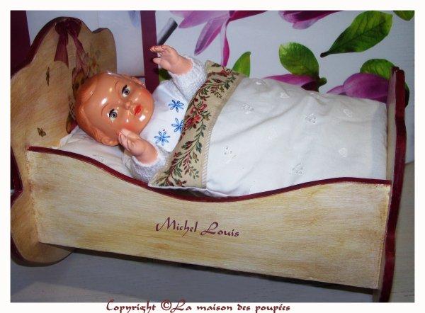 Les Michel et le petit lit