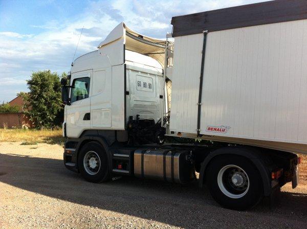 Camion Djess