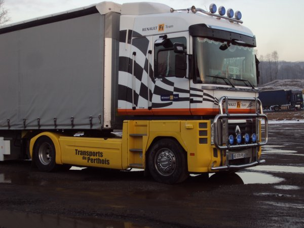renault magnum 500dxi tean f1 renault des transport du perthois du de vitry le fran ois 51. Black Bedroom Furniture Sets. Home Design Ideas