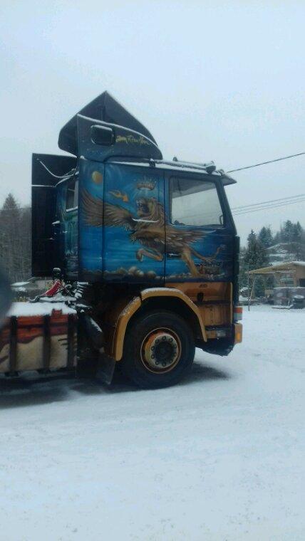 Scania  série 2 des transports Jean rouillon de le syndicat  88