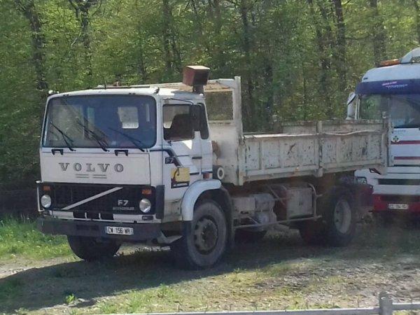 Volvo  F7 4x2 du 67