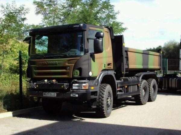 Scania 114 340 6x6 armée de terre