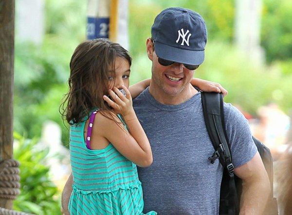 Suri Cruise : après trois mois d'absence, elle retrouve enfin son papa Tom Cruise !