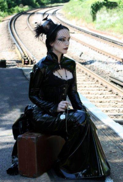 plutot gotique ou plutot gotique lolita