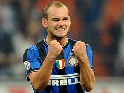 "Wesley Sneijder ""oublié"" par France Football pour le Ballon d'or!"