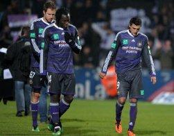 Anderlecht s'enfonce, le Standard coule