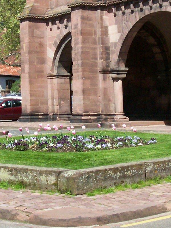 retour de la ville à vélo vendredi 4 05 2012  à 16 h 15