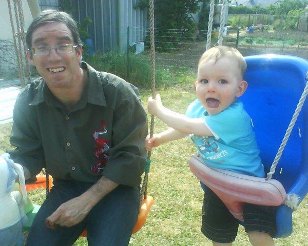 Le parrain de nolan avec son fils mes bebes - Mes parrain son magic ...