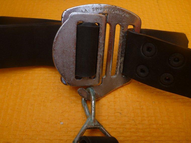 les boucles des ceintures de plong e blog de dplouepic. Black Bedroom Furniture Sets. Home Design Ideas