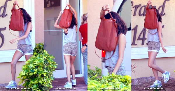 . Selena quitte son hôtel le 02 mars. .