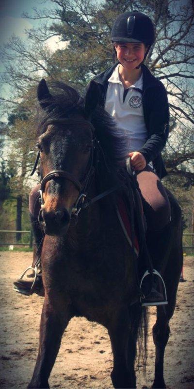 L'air du paradis est celui qui souffle entre les oreilles d'un cheval. Mais pas n'importe quelles oreilles, c'est les tiennes.♥