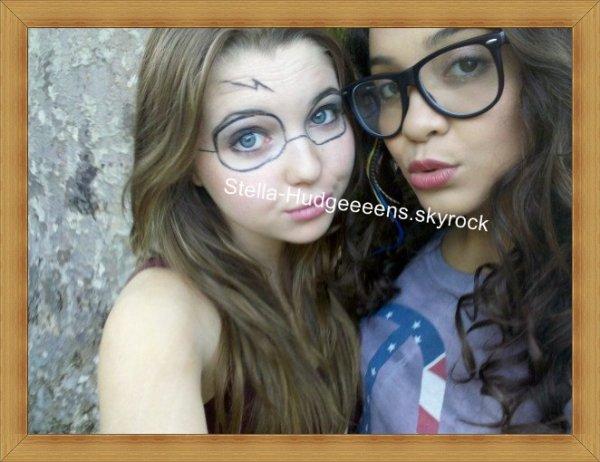 Stella & Sammi était aller voir Harry Potter [ Hum, j'aime bien les lunettes a Sammi je veux les mêmes ]