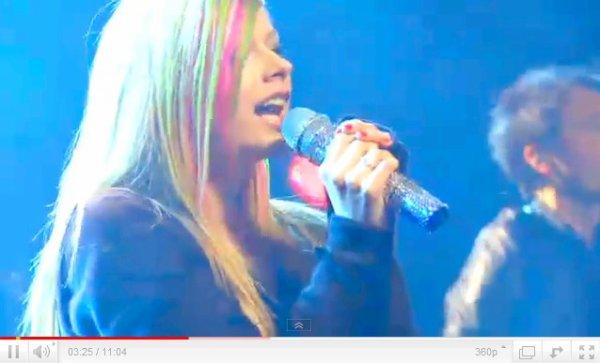 Vidéos Du Concert Privé A New York Le 9 Mars Dernier.