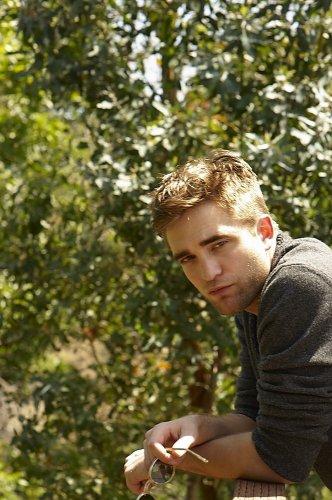 Nouvelles Photos de Rob pour notre plus grand plaisir !♥