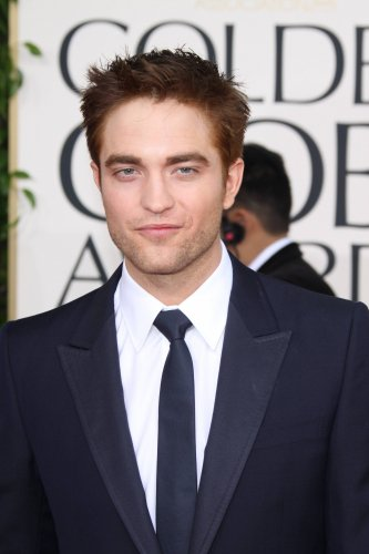 Robert Pattinson au Golden Globe Awards 2011!