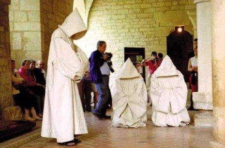 Les moines chantants (Aude)