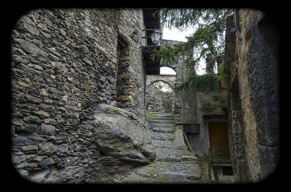 Triora : un village sorcier, niché au coeur des montagnes (Italie)
