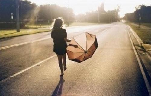 L'inquiétude c'est stupide, c'est comme si l'on marché dans la rue avec un parapluie ouvert en attendant qu'il pleuve.