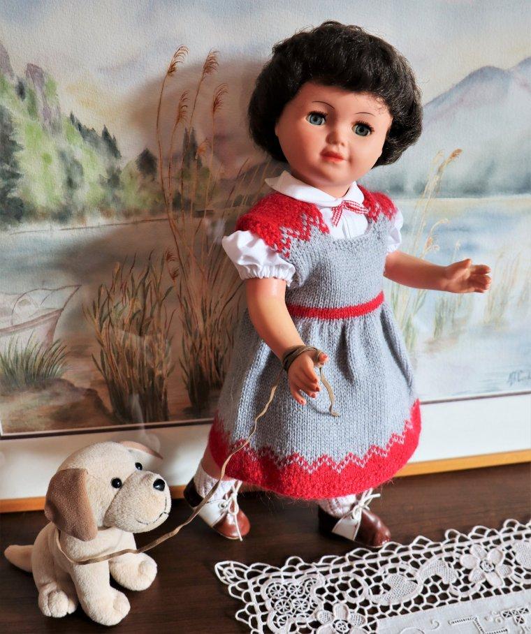"""En Septembre 1960, on tricote, on tricote pour ses """"filles"""" chez M&T"""