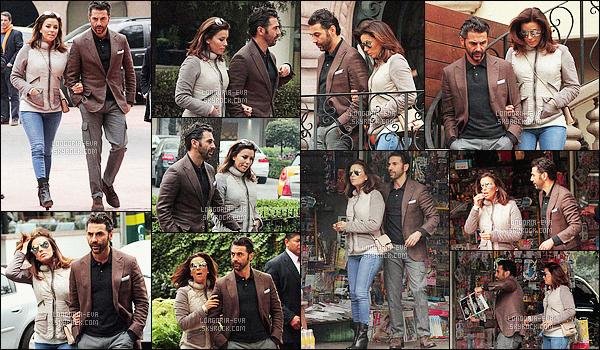 * 02/02/16 : -Eva a été aperçu en compagnie de son fiancé Jose Antonio Baston,         dans les rues de - Mexico City. La tenue  d'Eva  est d'une grande simplicité mais reste tout de même dans son ensemble jolie et adapter a la situation c'est donc un TOP    ! *